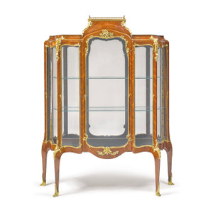 Louis XV Kingwood and Amaranth Gilt Bronze-mounted Vitrine by F. Linke