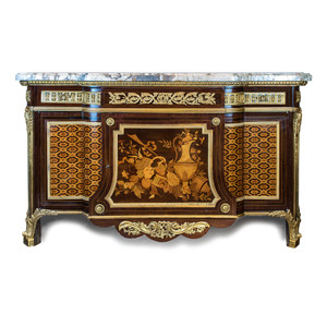 A Very Fine Quality Gilt Bronze Mounted Mahogany and Fruitwood Marquetry and Parquetry Commode