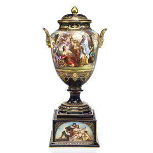 A Fine 19th Century Royal Vienna Hand Painted Porcelain Urn