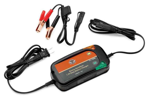 Harley-Davidson 1.25 Amp Weather-Resistant Battery Charger, Universal 66000033 - Wisconsin Harley-Davidson