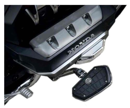 Ciro Goldstrike TWINART Engine Guard Covers - Chrome, Gold Wing Models 78310 - Wisconsin Harley-Davidson