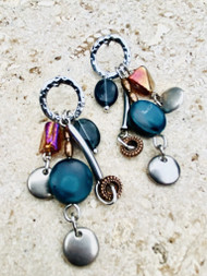 Treska Acadia Circle Post Cluster Earrings (BLUE/SILVER)