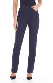 The Peggy straight leg jean features five pockets with zipper front and one button, traditional belt loops and embroidered detail back pockets. This natural fit regular rise features a straight leg. The gently curved shape follows the body's contours. (33 inch inseam - Middle weight -Fabric 250 supreme denim - 76% cotton 22% polyester 2% spandex 9oz denim - Machine Wash - Style#6627250)