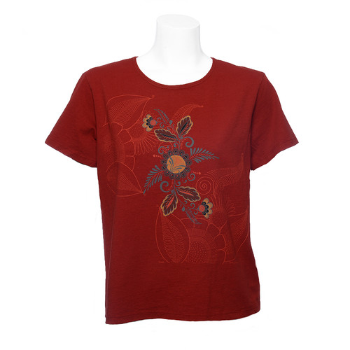 Sabaku Tee in Clay with Short Sleeves and Muted Floral and Tonal Etched Design