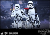 MMS335 First Order Stormtrooper Officer Set 1