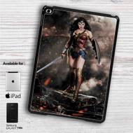 "Gal Gadot as Wonder Woman iPad 2 3 4 iPad Mini 1 2 3 4 iPad Air 1 2 | Samsung Galaxy Tab 10.1"" Tab 2 7"" Tab 3 7"" Tab 3 8"" Tab 4 7"" Case"