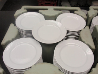 WHITE PLATES/ SOUP PLATES
