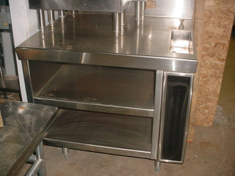 DELFIELD CUSTOM COUNTER W/ WATER