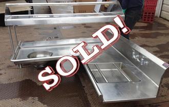 LEFT SOIL DISH TABLE WITH SLANT RACK SHELF