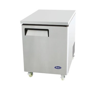 Undercounter Reach-In Freezer, one-section, self-contained refrigeration, 6.5 cu. ft. capacity, -8?ø to -0?øF temperature range, (1) locking hinged self-closing door, (1) adjustable shelf, ventilated refrigeration, automatic evaporation, electric defrost, stainless steel interior & exterior, galvanized steel back, casters, rear mounted refrigeration, 350 watts, 115v/60/1-ph, 4.1 amps, 1/4 HP, cETLus, ETL, CE