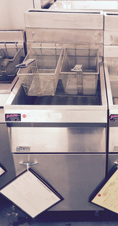 PITCO 18S FRYER NATURAL GAS