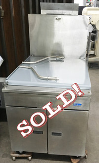 PITCO 24P DONUT FRYER