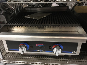 """Star-Max® 6124RCB Heavy Duty Griddle, gas, countertop, 24"""" W x 21"""" D cooking surface, 1"""" thick polished steel griddle plate, embedded modulating thermostat every 12"""", heavy duty knobs, wrap-around stainless steel splash guard, grease trough & stainless steel drawer, welded steel frame with stainless steel front, 4"""" legs, 56,600 BTU, cULus, UL EPH"""