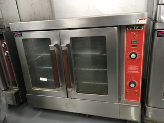 "Convection Oven, gas, single-deck, bakery depth, solid state controls, electronic spark igniter, 60 minute timer, 25-3/4"" high legs, stainless steel front, top and sides, stainless steel door with window, 50,000 BTU, NSF, CSA Star, CSA Flame, ENERGY STAR®"