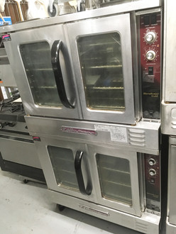 "Marathoner Gold Convection Oven, gas, double-deck, bakery depth, electronic ignition, solid state controls, interior lights, includes (5) racks per deck, stainless steel front, sides, top, rear jacket & 6"" legs, 180,000 BTU, CSA, NSF (Note: Qualifies for Southbend's Service Firstƒ?› Program, see Service First document for details)"