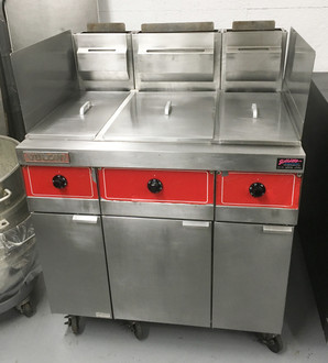 VULCAN 3GRS25 3 BAY FRYER