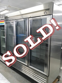 TRUE T-72FG GLASS DOOR FREEZER - LIKE NEW!