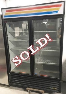 TRUE GDM-49-HC-LD GLASS DOOR COOLER - 2 YRS OLD!