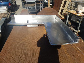 right soil dish table, right soil dish table used. clean right soil dish table
