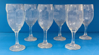 USED WINE GLASSES