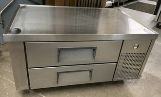 TRUE TRCB-48 REFRIGERATED GRILL STAND (APS13)