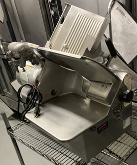 USED GLOBE AUTOMATIC GEAR DRIVEN SLICER model 72SL