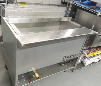 USED HOLSTEIN DEEP FAT FRYER. PROPANE. APPROX. 140 LB.