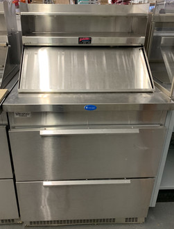 "Refrigerated Counter/Salad Top, 32"" L, 32-3/4"" D, one-section, (2) drawers, (2) 12"" x 20"" & (6) 1/3 size pan capacity, with cutting board, stainless steel exterior, 2-1/2"" casters, front breathing rear-mounted self-contained refrigeration system, 1/4 HP, cUL, UL, NSF, Made in USA"