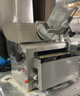 USED GLOBE AUTOMATIC SLICER MODEL 775L