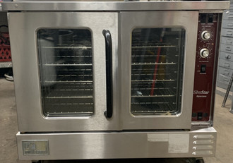 "USED SOUTHBEND SilverStar Convection Oven, gas, double-deck, standard depth, solid state controls, stainless steel front, top & sides, aluminized steel rear, 60/40 dependent doors, interior light, 6"" stainless steel legs, 144,000 BTU, (2) 1/2 HP, CSA, NSF"