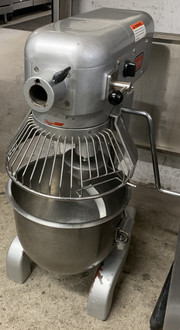 USED Berkel Planetary Mixer, 20 qt., 3-speed, gear driven transmission, #12 attachment hub, manual 60-minute timer, stainless steel wire bowl guard.