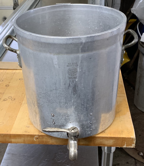 USED 25 QT STOCK POT WITH SPIGOT