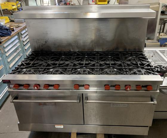"USED VULCAN Restaurant Range, LP gas, 60"", (10) 30,000 BTU burners with lift-off burner heads, (2) standard oven bases, stainless steel front, sides, backriser & high shelf, fully MIG welded frame, 6"" adjustable legs, 358,000 BTU, CSA, NSF"