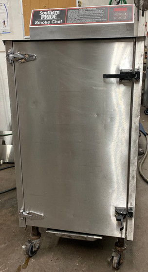 """USED SOUTHERN PRIDE SC-200-SM SMOKER - Smoker exterior dimensions - 25 3/8"""" w x 33"""" d x 56 1/8"""" h - 120/208V, 1 PHASE, 24AMP."""