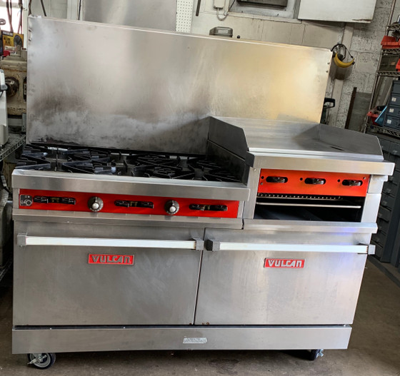 "USED Restaurant Range, natural gas, 60"", (6) 30,000 BTU burners with lift-off burner heads, (1) 24"" raised manual griddle, 3/4"" thick, 4"" wide front grease trough, (2) standard oven bases, stainless steel front, sides, backriser, 6"" adjustable legs, 278,000 BTU, CSA Flame, CSA Star, NSF"