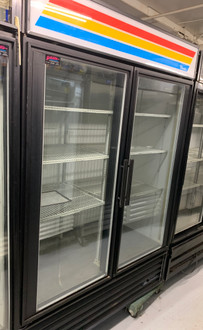 USED TRUE GDM-49F Freezer Merchandiser, two-section, -10° F, (8) shelves, laminated vinyl exterior, white interior with stainless steel floor, (2) triple-pane thermal glass hinged door, LED interior lights, 3/4 HP, 115/208-230v/60/1, 12.3 amps, NEMA 14-20P, 9' cord, cULus, UL EPH Classified