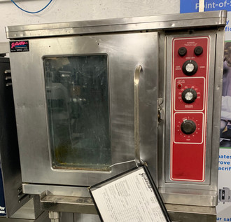 BLODGETT CTB-1MCR HALF SIZE ELECTRIC CONVECTION OVEN (GHS108)