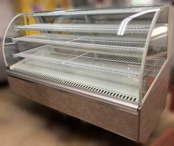 """USED FEDERAL Refrigerated Bakery Case, 77""""W, x 38""""D x 48""""H, self contained refrigeration with condensate evaporator, adjustable temperature control, tempered curved lift-up front glass, top light & shelf lights, (3) tiers of adjustable white wire shelves, white interior, removable glass sliding rear doors sloped for easy product access, tempered glass ends, choice of laminate & trim, UL, UL EPH CLASSIFIED"""