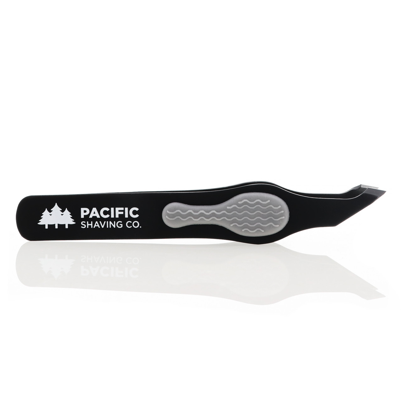 Slant Tip Tweezer by Pacific Shaving Company