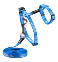 Rogz Catz KiddyCat Small 11mm Fixed Cat Lead and Adjustable Cat H-Harness combination is soft and stylish without making too much of a fuss about it.  KiddyCat harnesses and leads are made from snag-proof webbing with a specially developed weave to prevent running and an upgraded, screenprinted nylon.  There are no open ends or sharp edges and matching collars are available. The Lead is 1.8m long and the Harness adjusts from 24-40cm. Suitable for most cat breeds and sizes.