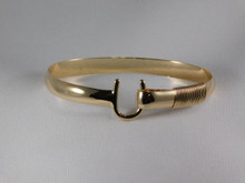 St. Croix Hook Bracelet, 14K or 18K Gold, 6mm