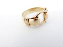 Shackle Ring 14K Gold