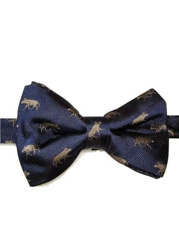 Pig themed bow tie
