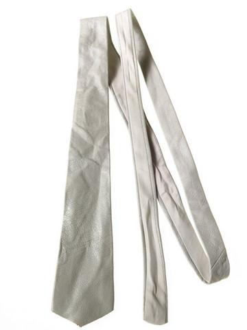 Light grey leather tie