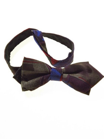 Pointed ends bow tie