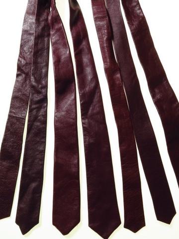 Genuine leather tie burgundy
