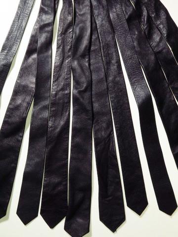 Genuine leather tie black