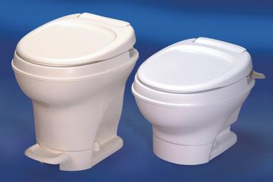 31647  AM5  Thetford Toilet