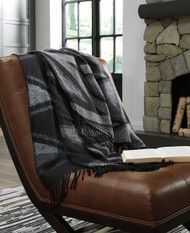Ashley Cecile Black/Gray Throw