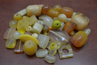 "100 Pcs Assort Yellow & Orange Resin Plastic Beads 1/2"" - 1 1/4"""